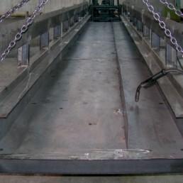 Catena porta cavi in fase di costruzione